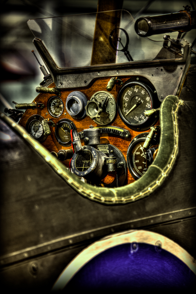 The Cockpit (WW1)