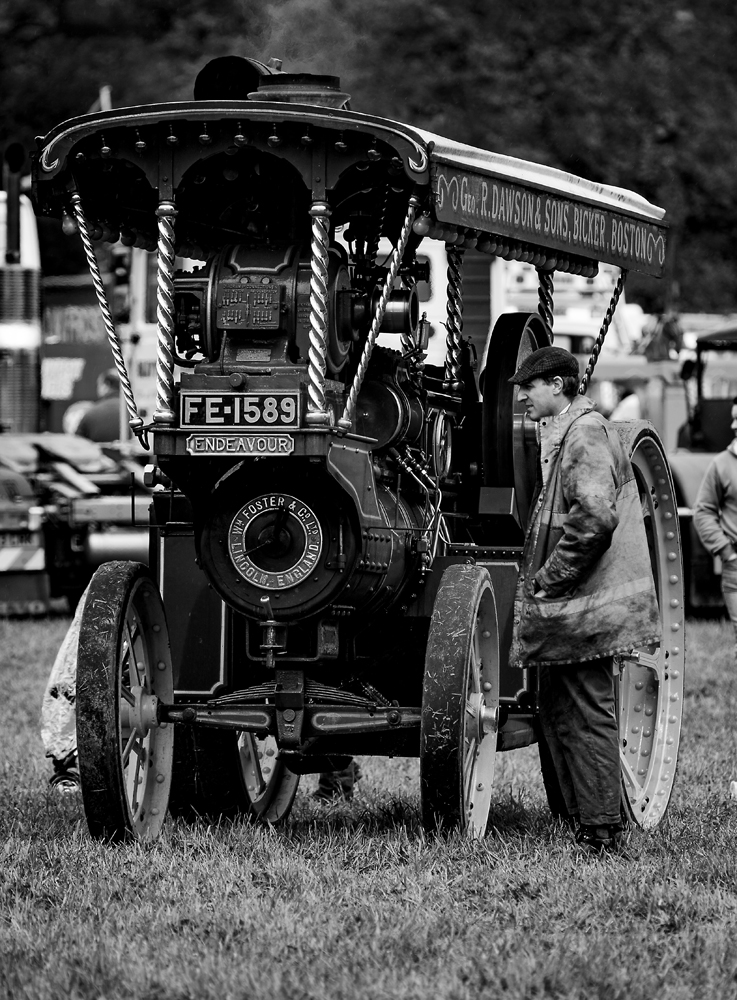 The Traction Engine (3)