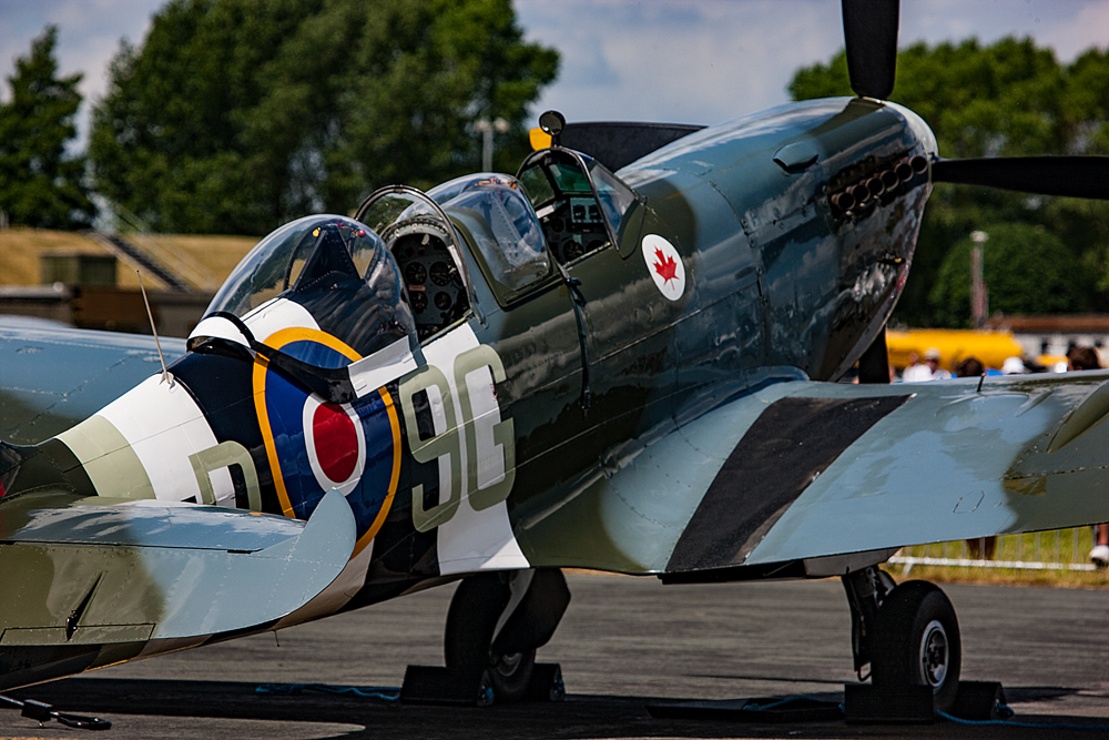 The (rare) Two-Seat Spitfire