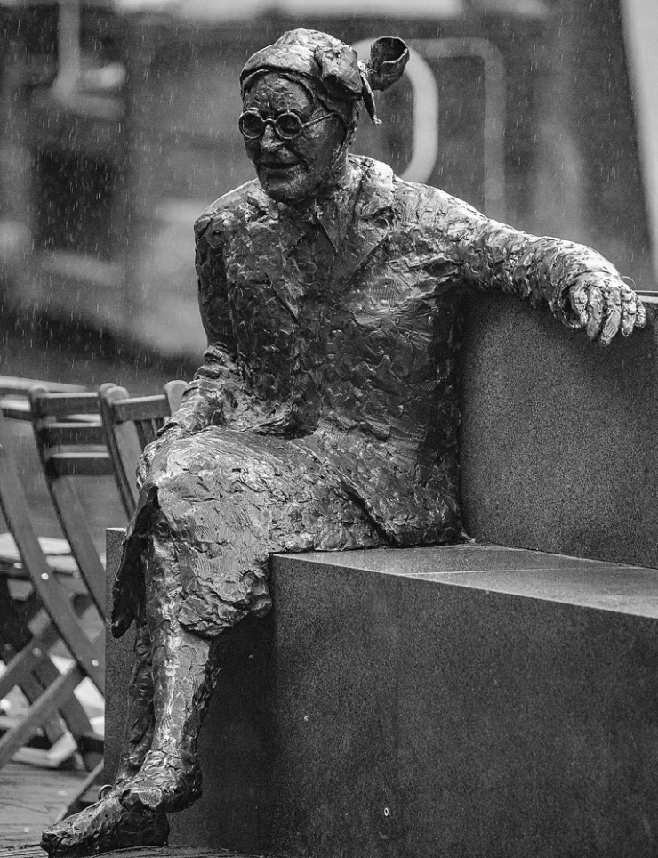 The Soggy Statue