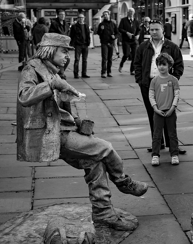 The Street Entertainer