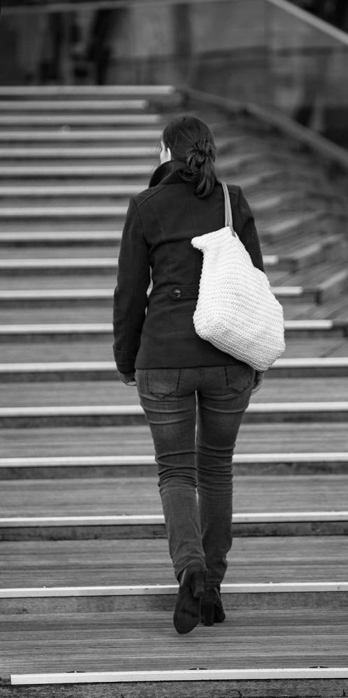 The Knitted Handbag