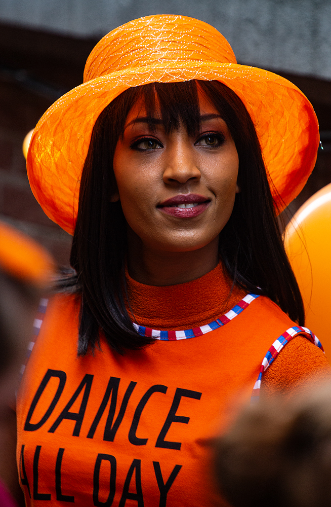 THE KING'S DAY, AMSTERDAM (10): The Dance All Day Girl