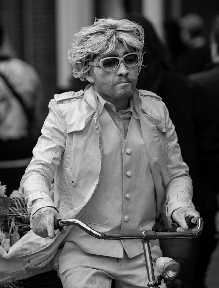 THE KING'S DAY, AMSTERDAM (20): The Monochrome Man
