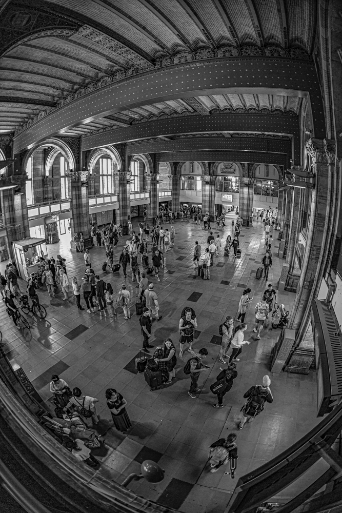 Central Station - Amsterdam - Richard Broom Photography