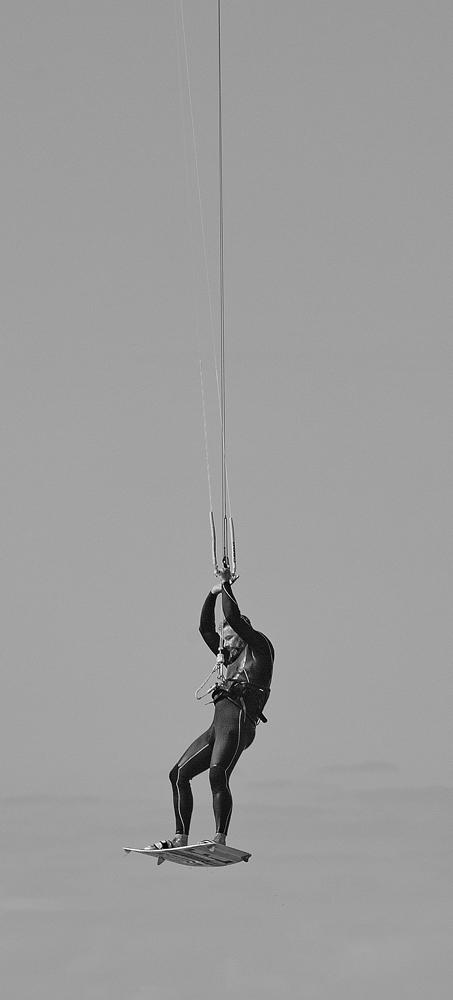 The Hanger-On - Richard Broom Photography