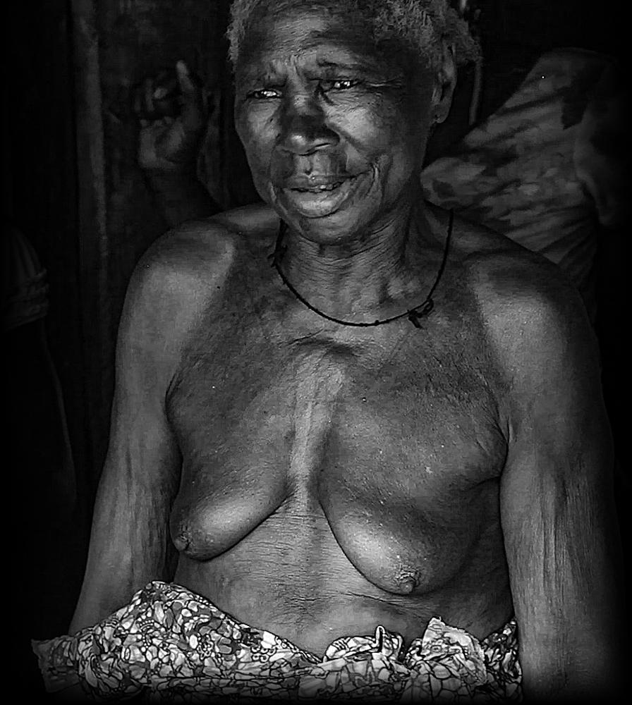 The Grandmother - Richard Broom Photography