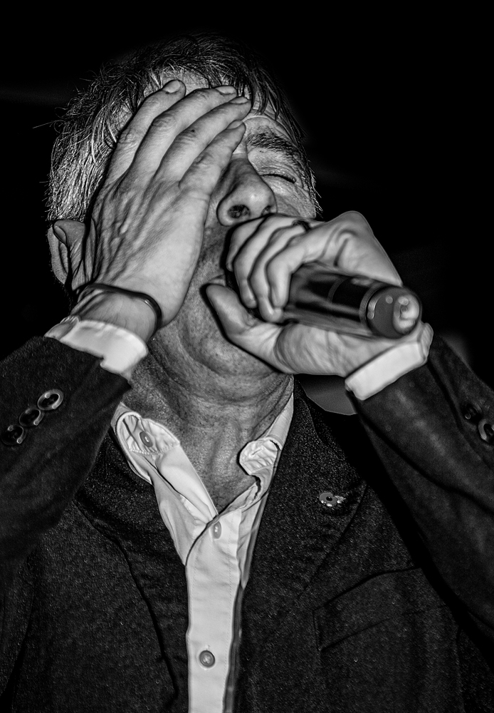 The Vocalist (2) - Richard Broom Photography