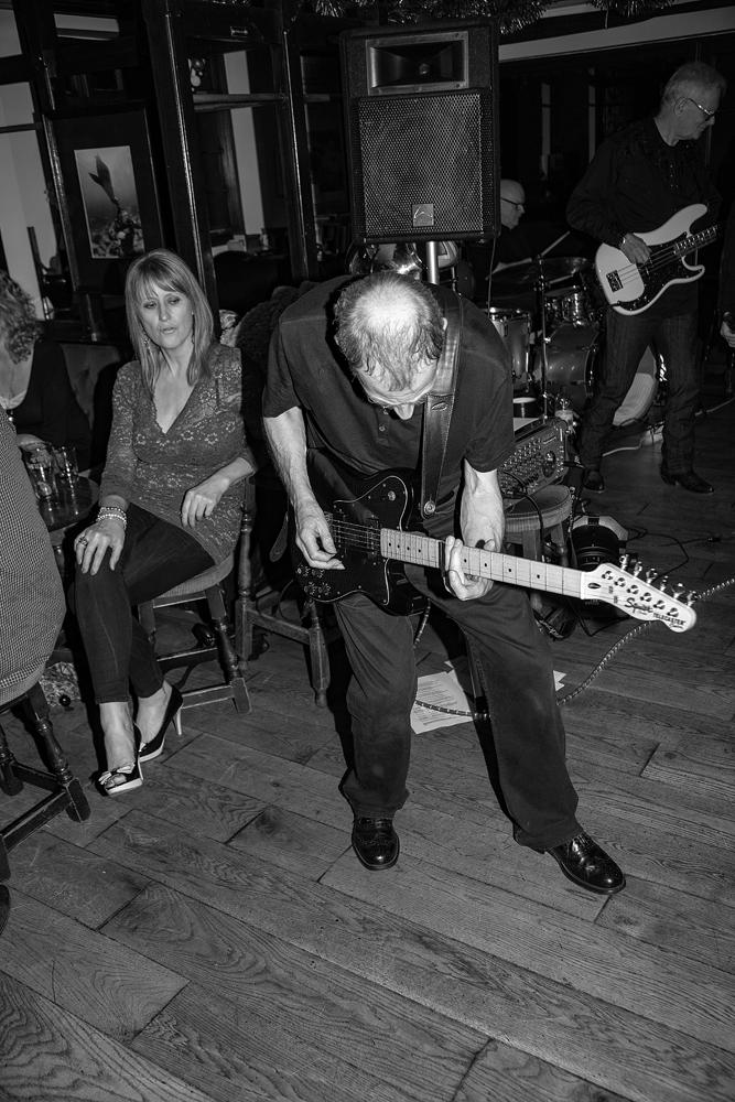 The Guitar Man (2) - Richard Broom Photography