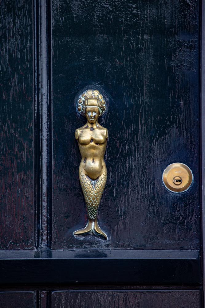 The Knocker - Richard Broom Photography
