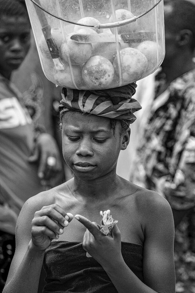 The Orange Seller - Richard Broom Photography