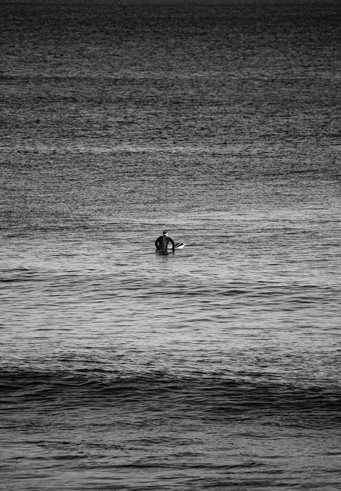 The big sea, the little surfer - Richard Broom Photography
