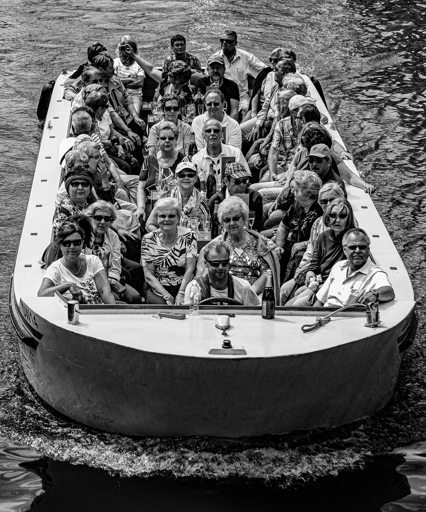 The boat load of seniors - Richard Broom Photography