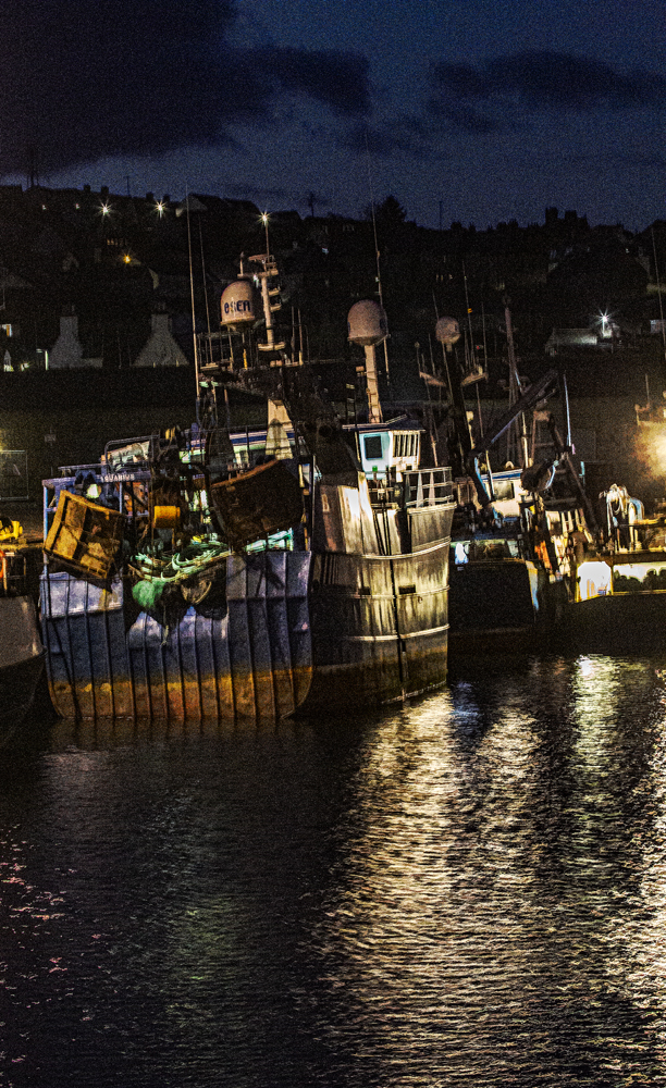 The Trawler at Dawn (2) - Richard Broom Photography