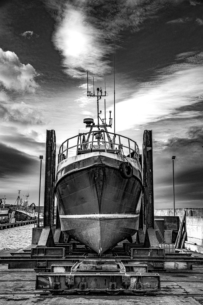 The Boat on the Slip (3) - Richard Broom Photography