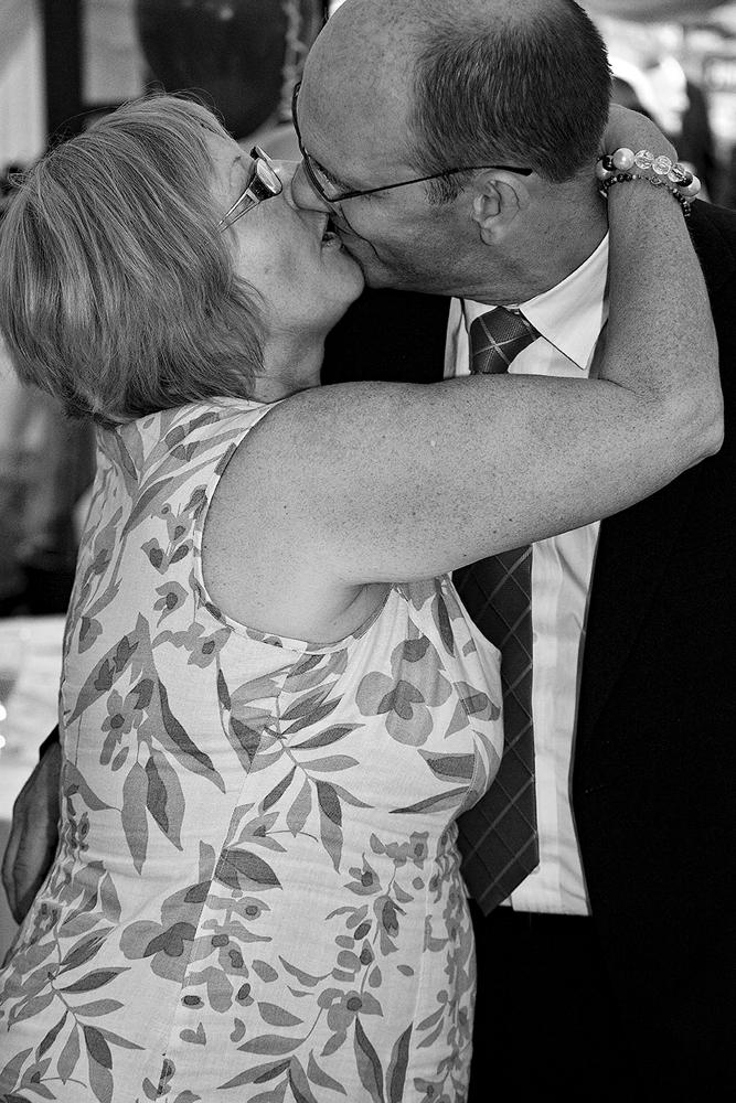 The Kiss - Richard Broom Photography