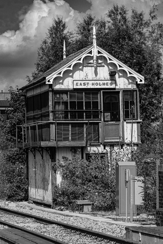 The Old Signal Box - Richard Broom Photography