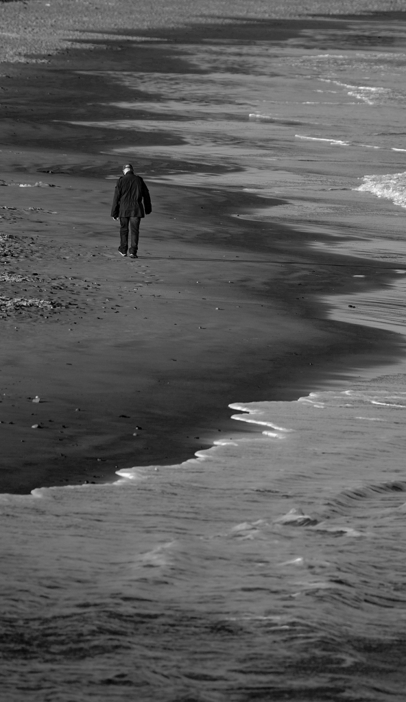 The Beach Walker - Richard Broom Photography