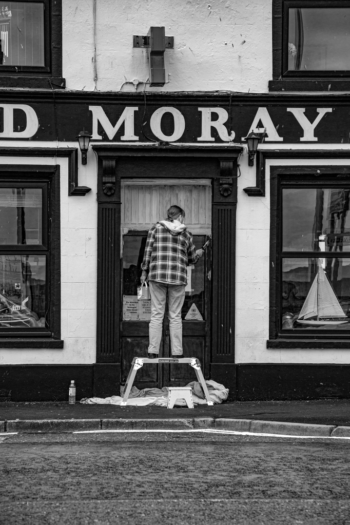 The Lady Painter - Richard Broom Photography