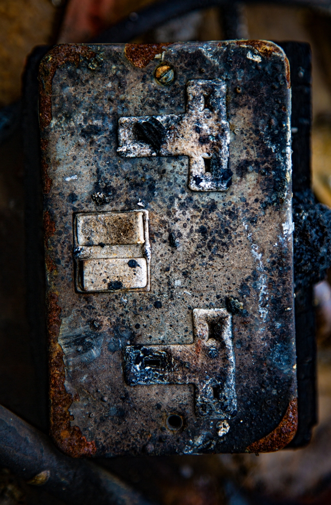 The worn out 13 Amp sockets - Richard Broom Photography