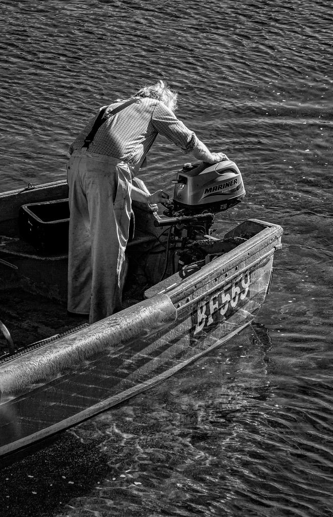 The Engine Starter - Richard Broom Photography