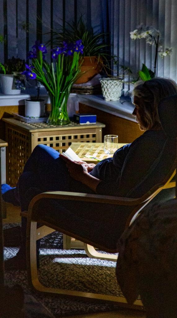 The Girl Reading - Richard Broom Photography