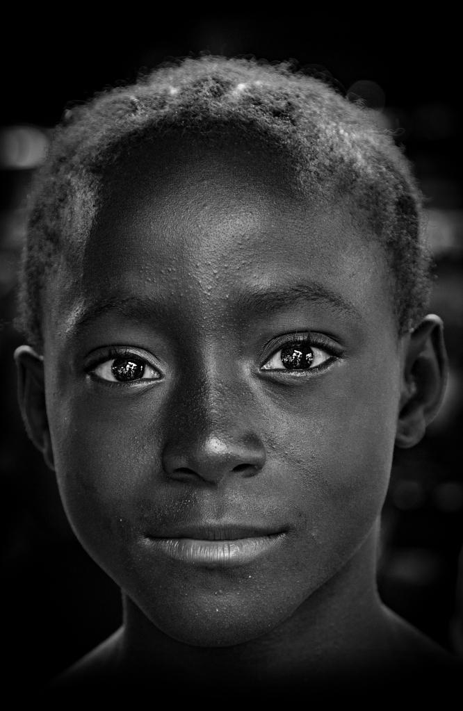 The Shining Eyes - Richard Broom Photography